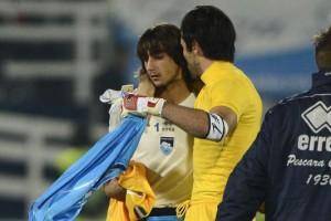 Abbraccio Buffon Perin Pescara Juve