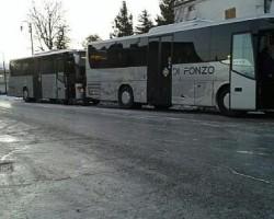 Autobus rotatoria Ghiaccio L'Aquila studenti