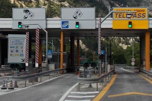 Autostrada casello  pedaggio Abruzzo Notizie