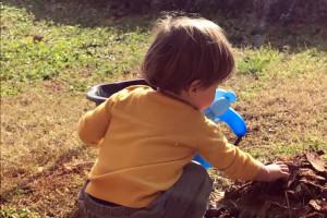 Bambino gioca scuola asilo nido infanzia Abruzzo Notizie (1)