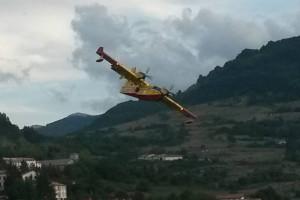 Canadair incendio Abruzzo Notizie