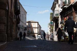 Corso-Ovidio-passeggio-Sulmona