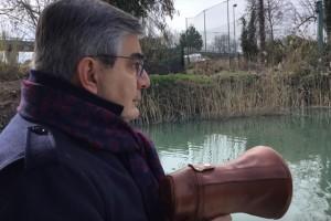 D'Alfonso in barca fiume Pescara