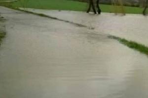 Fiume maltempo pioggia straripamento esondazione