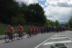giro-ditalia-ciclisti-gruppo-abruzzo-notizie