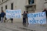 Marineria pescarese protesta Febbo Porto dragaggio