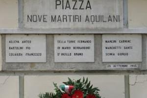 Martiri aquilani nove piazza 70 anni commemorazione