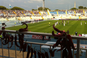 Pescara-amuleti-tribuna