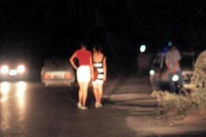 Prostitute notte strada bonifica tronto