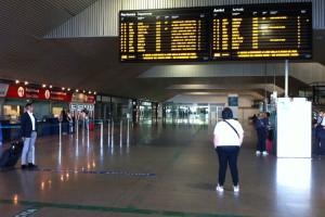 Stazione Pescara Interno Tabellone Orari biglietteria Abruzzo Notizie