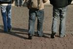 Bullismo a scuola, due studenti lasciati a casa