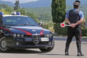 carabinieri controllo strada pattuglia 112