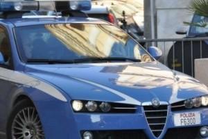 mobile squadra polizia
