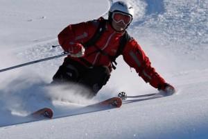 sciatore pista