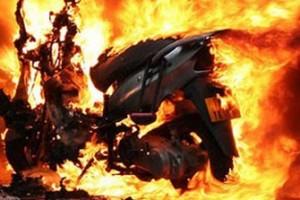 scooter fiamme incendio motorino ciclomotore