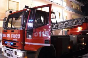 vigili del fuoco carbonizzato teramo camera